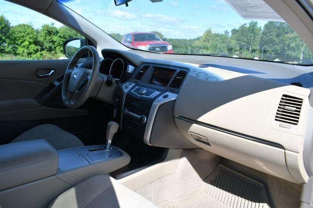 2010 Nissan Murano S AWD Naugatuck, Connecticut 10