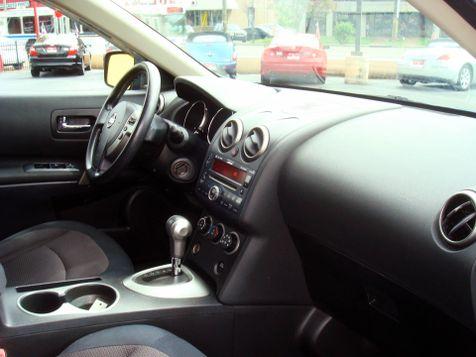 2010 Nissan Rogue SL | Nashville, Tennessee | Auto Mart Used Cars Inc. in Nashville, Tennessee