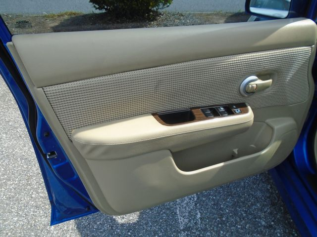 2010 Nissan Versa 1.8 SL in Alpharetta, GA 30004