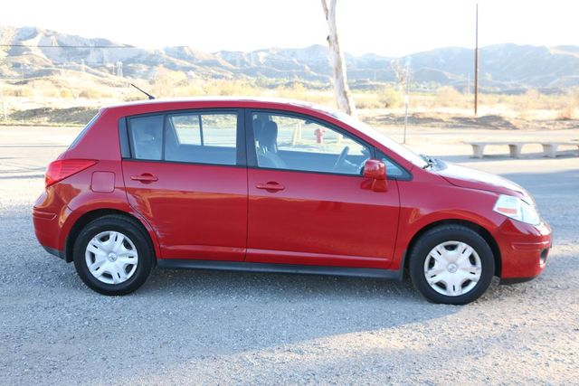 2010 Nissan Versa 1.8 S Santa Clarita, CA 12