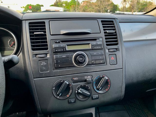 2010 Nissan Versa 1.8 S Tampa, Florida 9