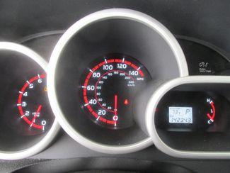 2010 Pontiac Vibe w/1SB Gardena, California 5