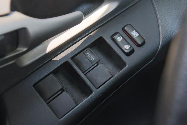 2010 Pontiac Vibe w/1SB Santa Clarita, CA 21