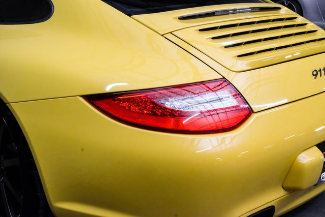 2010 Porsche 911 Carrera RARE COLOR Sports Chrono PKG in Addison, TX 75001