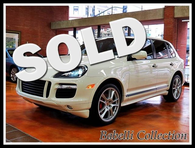 2010 Porsche Cayenne GTS WHITE ON BLACK MANY OPTION FACTORY WARRANTY La Jolla, California