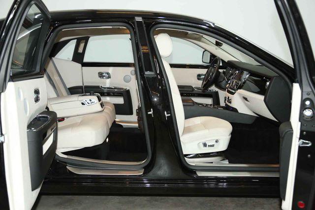 2010 Rolls-Royce Ghost Houston, Texas 20
