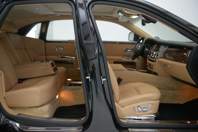 2010 Rolls-Royce Ghost Houston, Texas 33