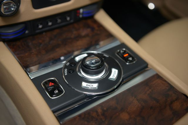 2010 Rolls-Royce Ghost Houston, Texas 42