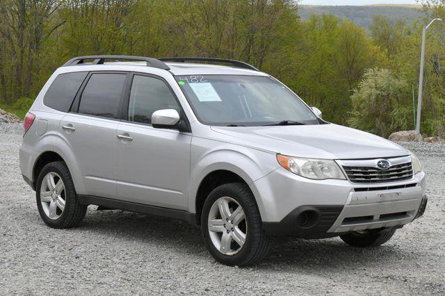 2010 Subaru Forester 2.5X Premium AWD Naugatuck, Connecticut 8