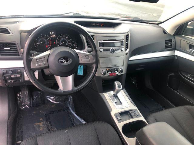 2010 Subaru Legacy Premium All-Wthr Moon AWD Maple Grove, Minnesota 10