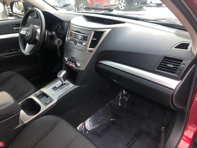 2010 Subaru Legacy Premium All-Wthr Moon AWD Maple Grove, Minnesota 9