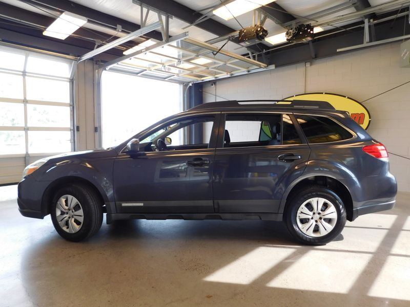 2010 Subaru Outback 25I  city TN  Doug Justus Auto Center Inc  in Airport Motor Mile ( Metro Knoxville ), TN