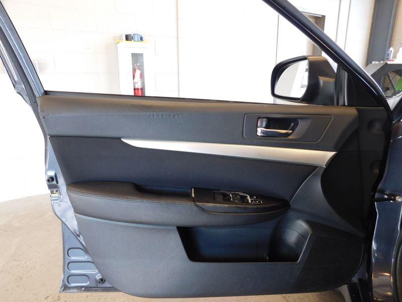 2010 Subaru Outback 25I  city TN  Doug Justus Auto Center Inc  in Airport Motor Mile ( Metro Knoxville ), TN