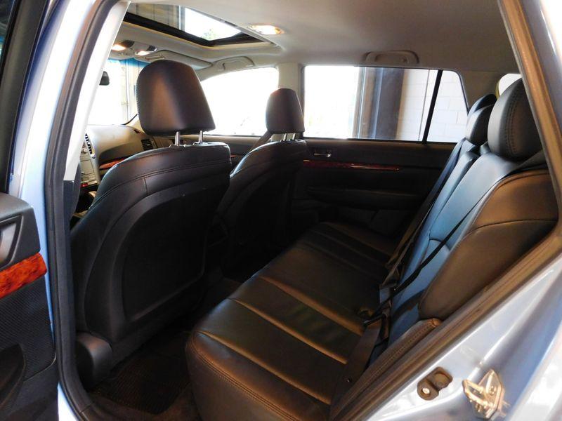 2010 Subaru Outback Ltd Pwr Moon  city TN  Doug Justus Auto Center Inc  in Airport Motor Mile ( Metro Knoxville ), TN