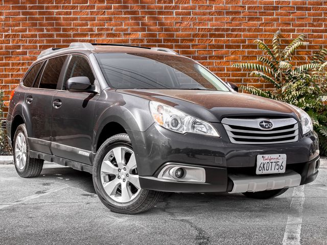 2010 Subaru Outback Ltd Pwr Moon Burbank, CA 1