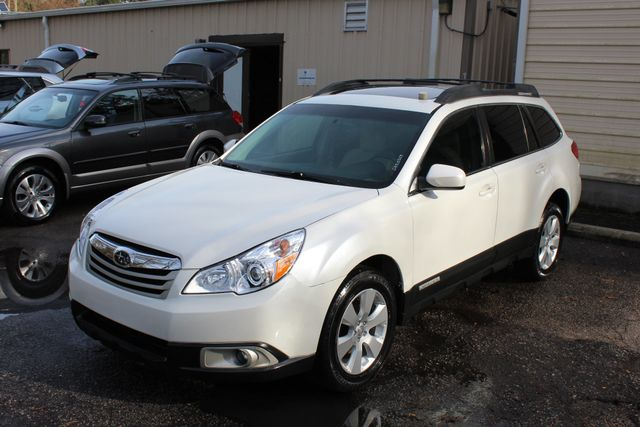 2010 Subaru Outback Limited Power Moon Roof