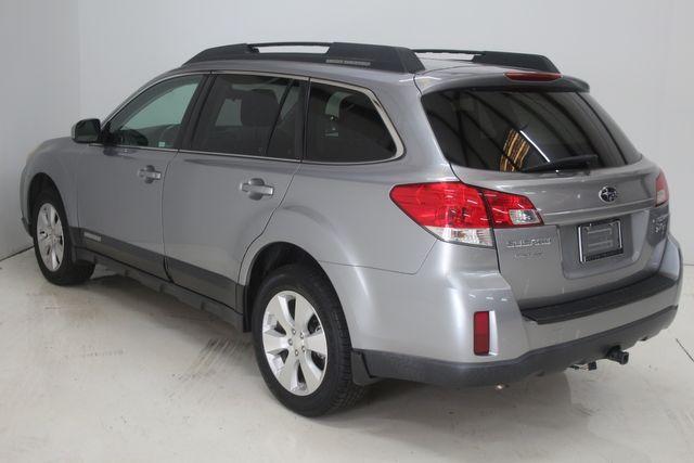 2010 Subaru Outback Ltd Houston, Texas 10