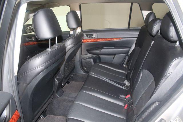 2010 Subaru Outback Ltd Houston, Texas 24