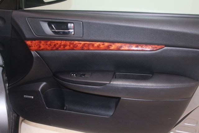2010 Subaru Outback Ltd Houston, Texas 27