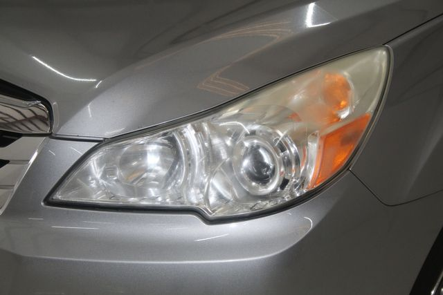 2010 Subaru Outback Ltd Houston, Texas 3