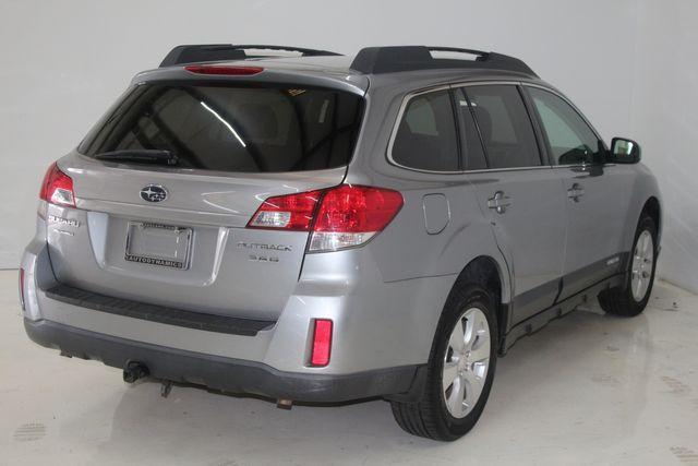 2010 Subaru Outback Ltd Houston, Texas 9
