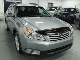 2010 Subaru Outback 2.5i Premium Kensington, Maryland 9