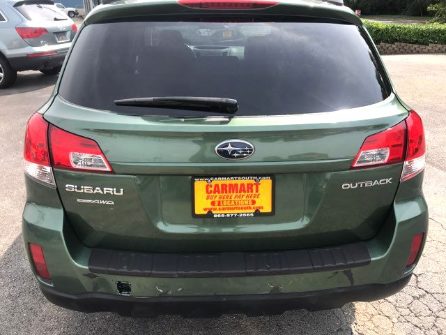 2010 Subaru Outback Premium Knoxville, Tennessee 3