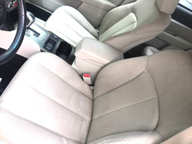 2010 Subaru Outback Premium Knoxville, Tennessee 5