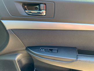 2010 Subaru Outback Maple Grove, Minnesota 15