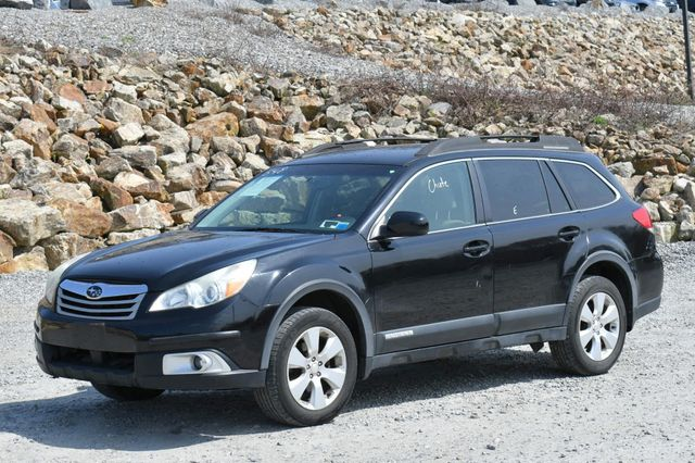 2010 Subaru Outback Premium All-Weather AWD Naugatuck, Connecticut 1