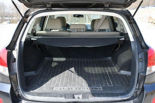 2010 Subaru Outback Premium All-Weather AWD Naugatuck, Connecticut 10