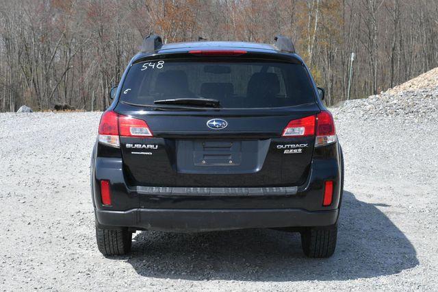 2010 Subaru Outback Premium All-Weather AWD Naugatuck, Connecticut 4