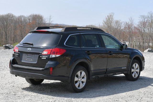 2010 Subaru Outback Premium All-Weather AWD Naugatuck, Connecticut 5