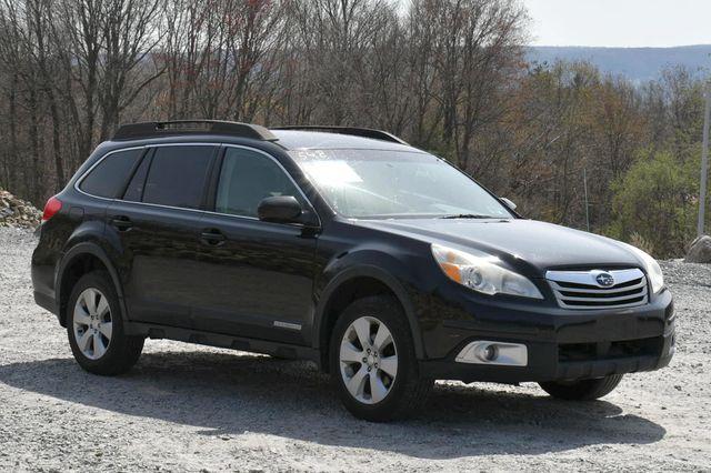 2010 Subaru Outback Premium All-Weather AWD Naugatuck, Connecticut 7