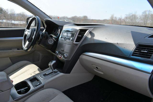 2010 Subaru Outback Premium All-Weather AWD Naugatuck, Connecticut 9