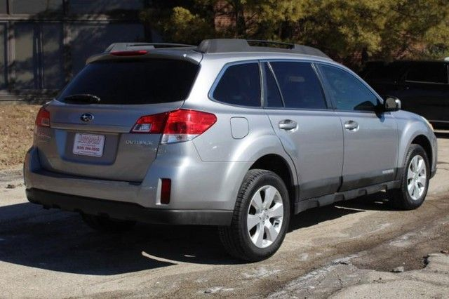 2010 Subaru Outback Premium All-Weather St. Louis, Missouri 2