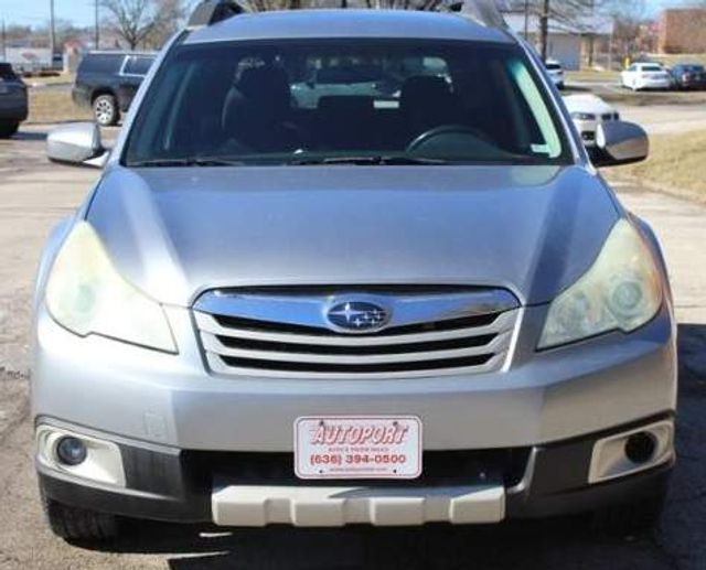 2010 Subaru Outback Premium All-Weather St. Louis, Missouri 8