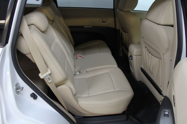 2010 Subaru Tribeca 3.6R Limited AWD Richmond, Virginia 30