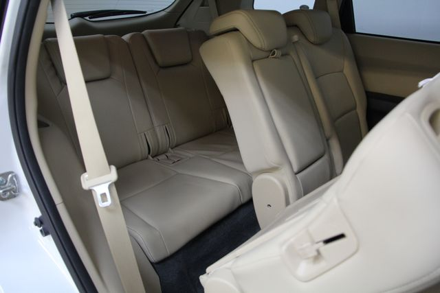 2010 Subaru Tribeca 3.6R Limited AWD Richmond, Virginia 31
