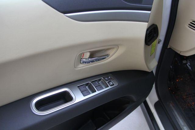 2010 Subaru Tribeca 3.6R Limited AWD Richmond, Virginia 16