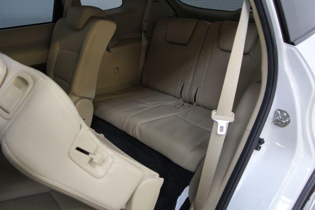 2010 Subaru Tribeca 3.6R Limited AWD Richmond, Virginia 28