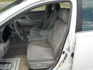 2010 Toyota Camry LE Fayetteville , Arkansas 8