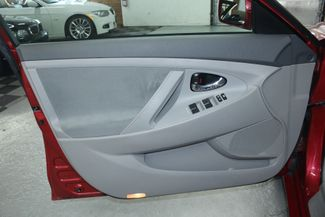 2010 Toyota Camry LE Kensington, Maryland 14