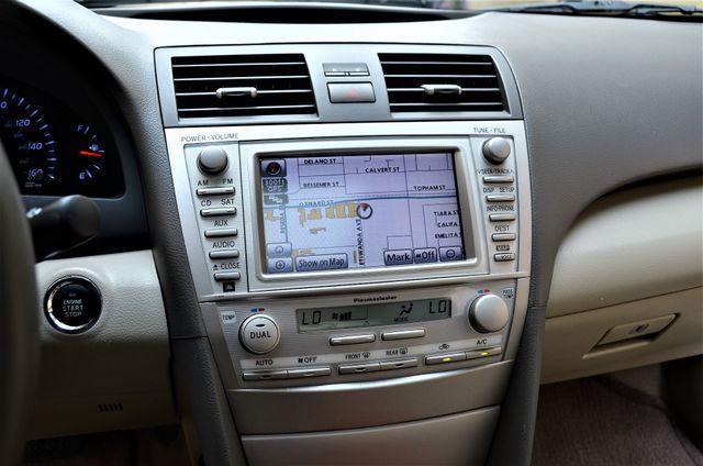 2010 Toyota Camry XLE Reseda, CA 18