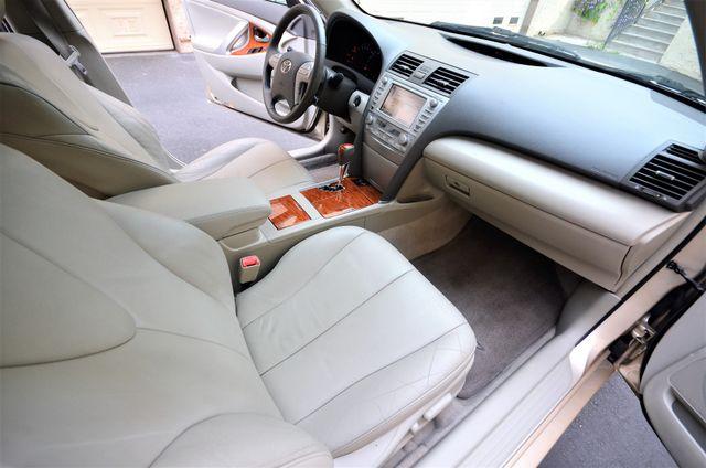 2010 Toyota Camry XLE Reseda, CA 41