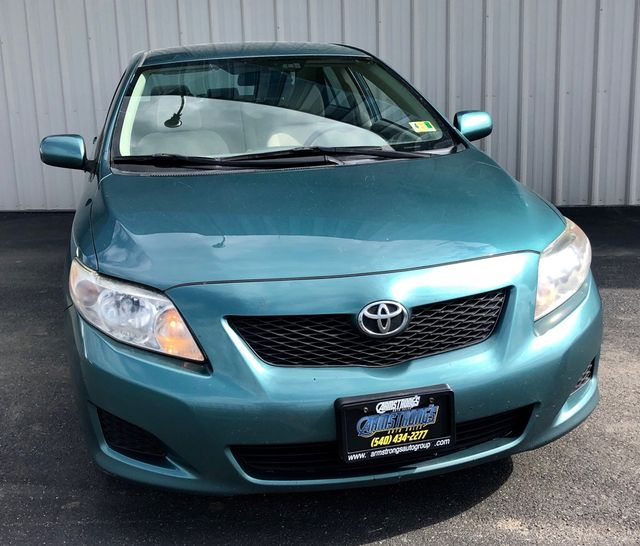 2010 Toyota Corolla LE FWD One Owner