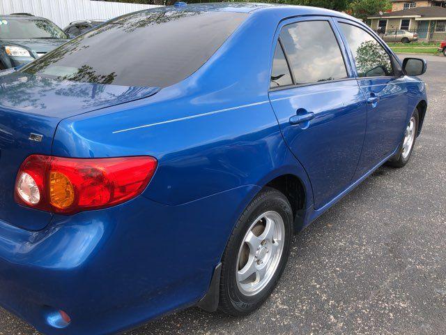 2010 Toyota Corolla LE Houston, TX 4