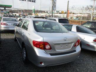 2010 Toyota Corolla LE Jamaica, New York 3