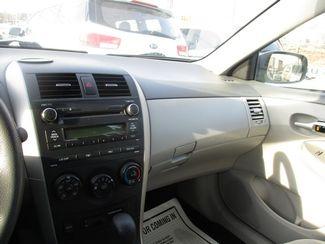 2010 Toyota Corolla LE Jamaica, New York 33