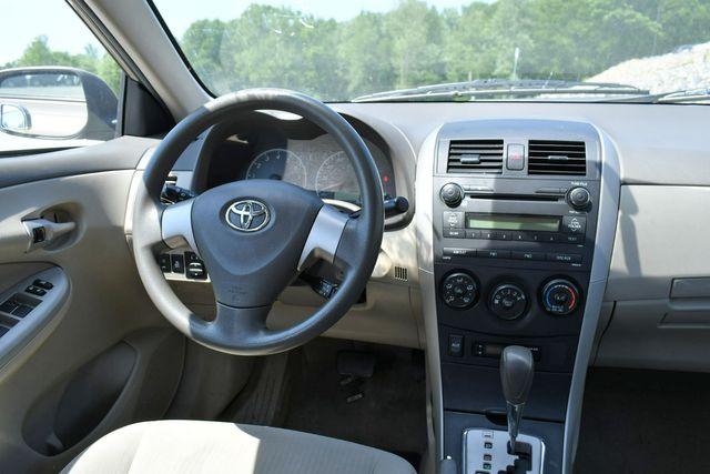 2010 Toyota Corolla LE Naugatuck, Connecticut 11